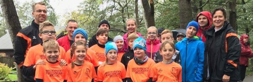 Teilnehmer Laufgruppe am 10 Bruecken Lauf Luebbenau