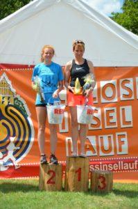 Foto Siegerehrung 5km Frauen des 2. Schlossinsellaufs 2019 in Lübben auf der Schlossinsel